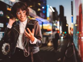 「夜に駆ける」YOASOBIの歌詞の意味と人気の理由について